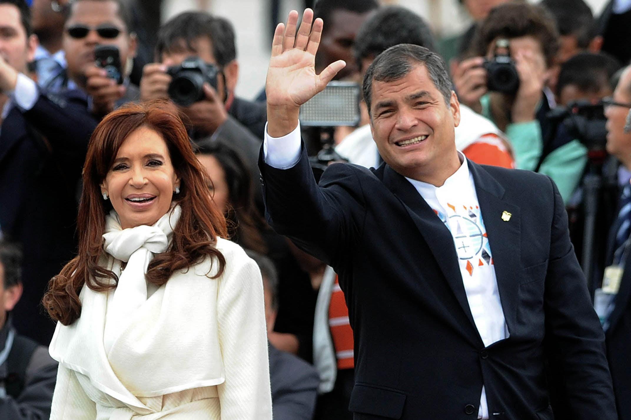 El nuevo Gobierno de Ecuador quiere recuperar una condecoración otorgada a Cristina Fernández de Kirchner