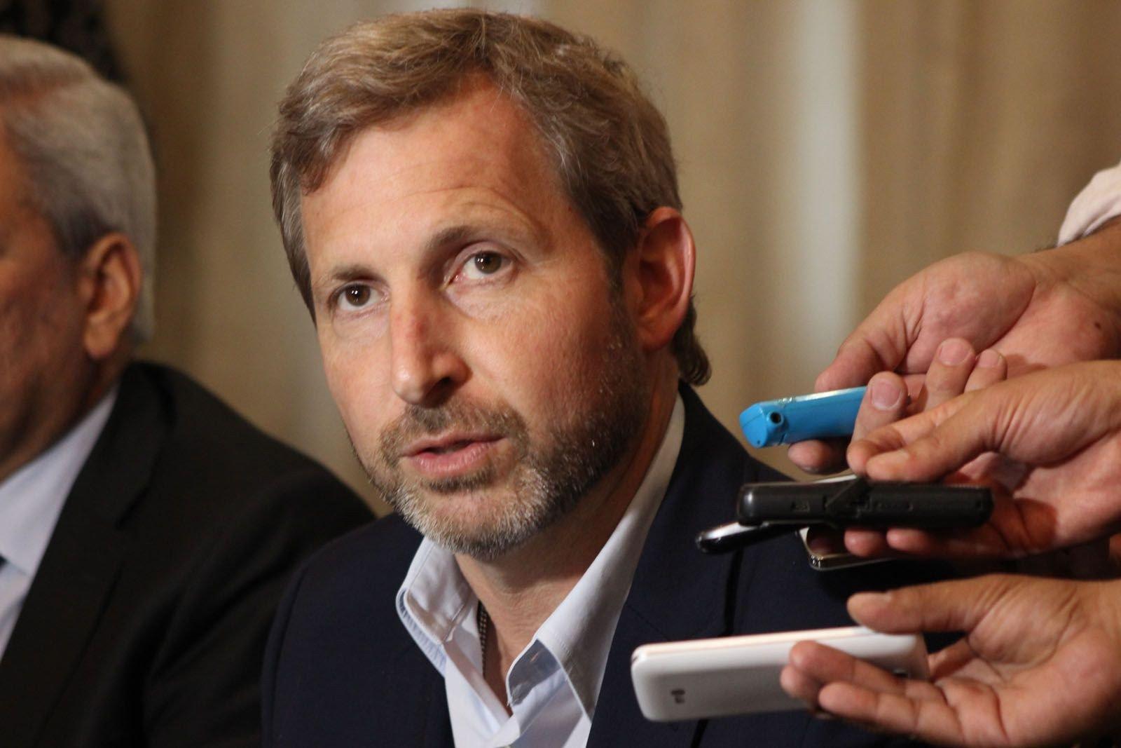 """Rogelio Frigerio, aseguró que el Gobierno está """"abierto a discutir"""" con la oposición alternativas para """"amortiguar el impacto en el bolsillo de la gente"""" por el aumento del gas"""
