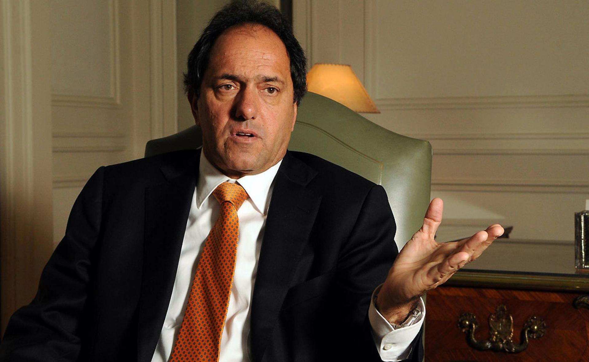 Daniel Scioli mantuvo un fuerte debate pre electoral con Mauricio Macri