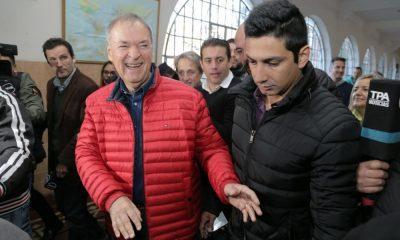 Juan Schiaretti votando