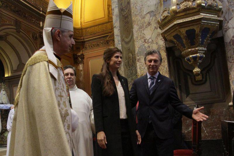 La Iglesia se acerca al Gobierno