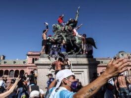 La vacuna que necesita la Argentina no es ni rusa ni norteamericana